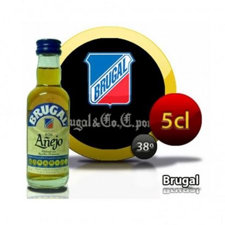 Miniature bouteille de rhum Brugal