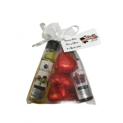 Pack chocolates hearts, oil and vinegar