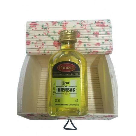 Miniatures pour détails avec liqueur et coffre