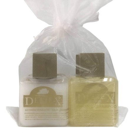 Miniature of conditioner and shampoing for events and organza bag