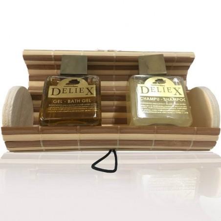 Coffre beige et marron avec gel du bain et shampoing pour cadeaux