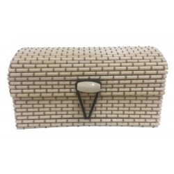 Beige wicker trunk unisex