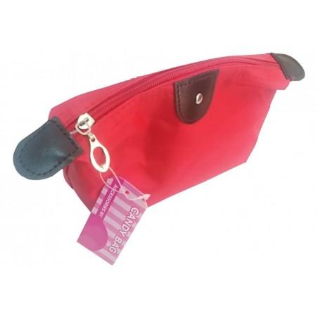 Kit d'accessoires de voyage rouge