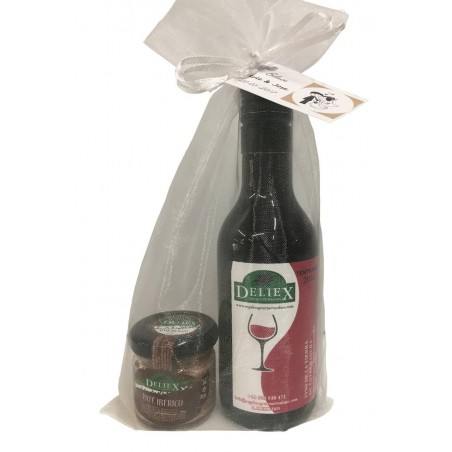 Gourmet detail with Extremadura Wine and a Iberian Pate Jar for gift
