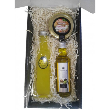 Gourmet detail case with Villa lucia liquor, EVOO and iberitos Iberian pate