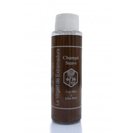 Shampoo with honey and royal jelly
