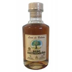 Miniature liqueur of acorn