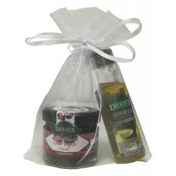 Combination of olive oil and marmalade of blueberry for details