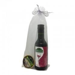 Miniatura vino Extremeño Deliex con un paté para bodas