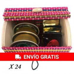 24 Baúles de colores con napolitanas y patés para bautizos