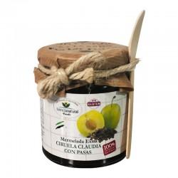 Confiture de prune supplémentaire aux raisins secs avec cuillère en bois.