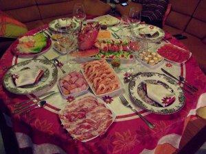 Variedad de sabores es lo más común en la nochebuena española.