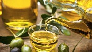 El aceite de oliva extra es un excelente aliado para la salud y la belleza...