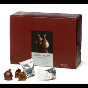 Deliciosa caja de bombones rabitos royal de higo rellenos de crema de trufa cubiertos de chocolates.