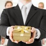 Consejos para acertar con los regalos de empresa