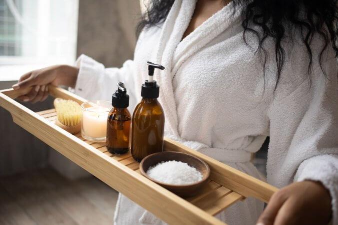 ¿Por qué es una buena idea regalarle a tus invitados productos para el baño?