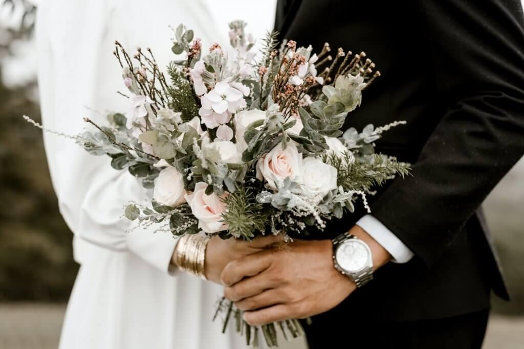 Detalles de invitados en bodas otoñales