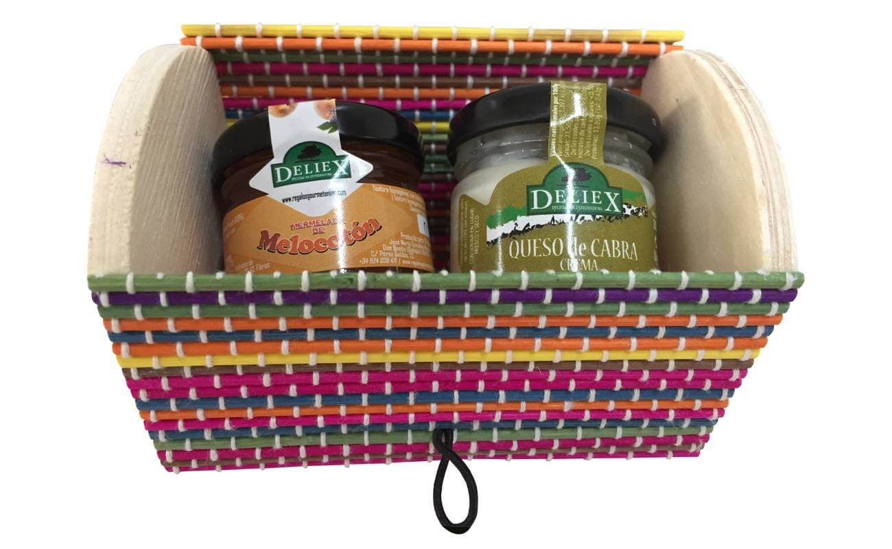 Pack trunk with cheese and jar Deliex