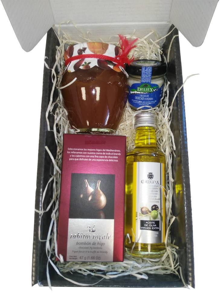 Deliex gift basket with olive oil, fig chocolates, peach jam and cheese jar